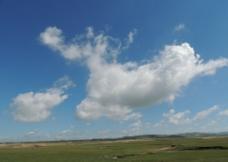 草原上的云彩图片