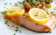 柠檬鳕鱼料理图片