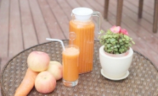 胡萝卜汁图片