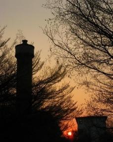 落日剪影图片