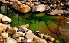 山中碧溪图片