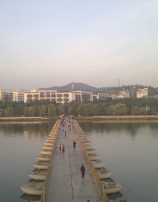 梅江浮桥图片