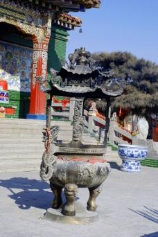 大乐林寺的香炉图片