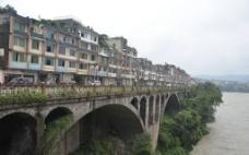 桥与河流图片